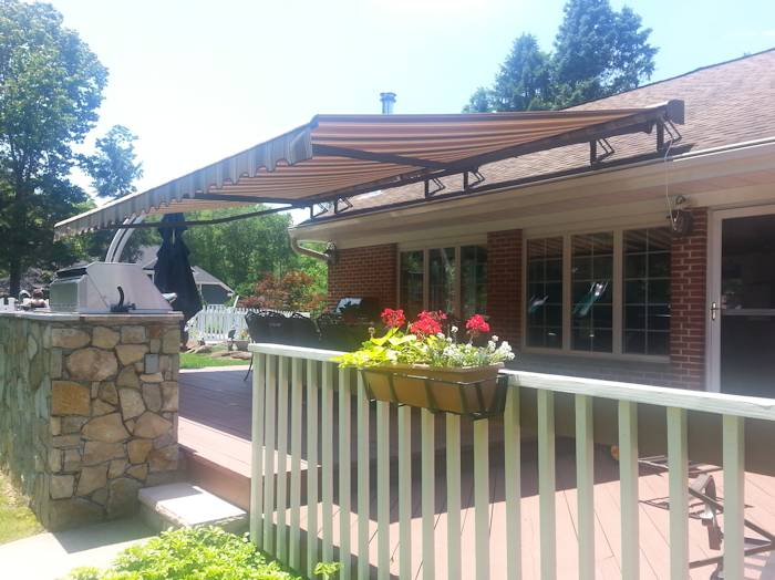 Roof Mounted Retractable Awning Pleasantville NY